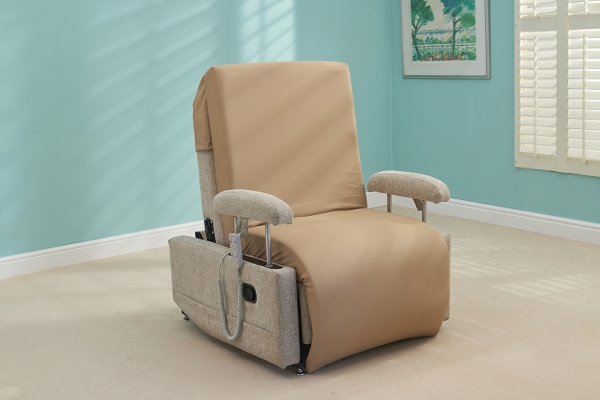 Lincoln Hi Low Chair Bed And Leg Lifter Laybrook Com