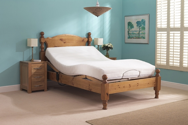 Beeston Double Bed LFE